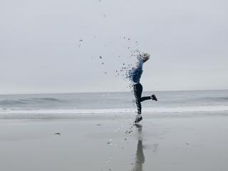 freetoedit beachgirl jumpinggirl dispersiontool