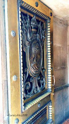 dpcdoorways door gold myphoto