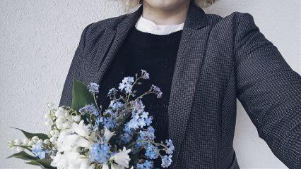 ootd wildflowers suit neutralcolors blackandwhite