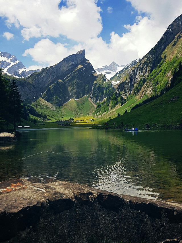 Thank you very much for all the votes💞💞😇😇  Have a wonderful day my dear friends 🌹🌼🌻🌺🌱🌴🍀🐞 #nature #mountains #lansdscape #green #lake #climbing #camping #alps #wasserauen #switzerland  #dpcfavouritepicture #pclandscape #pcmountains #pcgreen