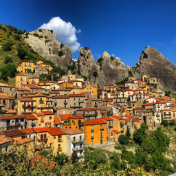 castelmezzano italy beautifull nature villager