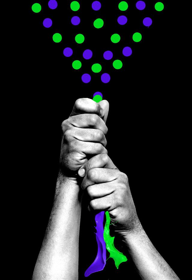 #dots #hands #flyingpaint