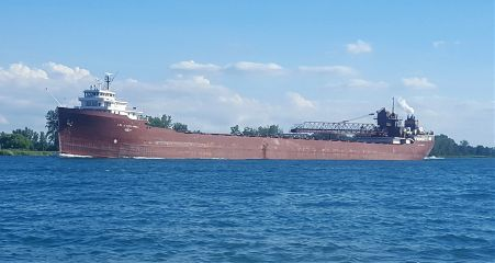 freighters greatlakes themitten
