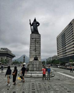 gwanghwamun gyeongbukgung seoul southkorea travel