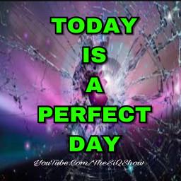 thesiqshow linkinbio lifestyleblogger happytuesday positivevibes freetoedit