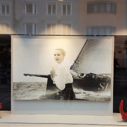 gracekelly innsbruck schaufenster royalty hollywood