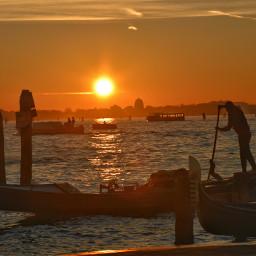 beach summer sunset water gondoliere