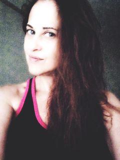 selfie nomakeup dramaeffect hairstyle emotion freetoedit