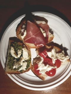 bruschetta food