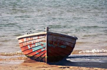 oldboat bytheseashore brightfulcolors grungetextured small