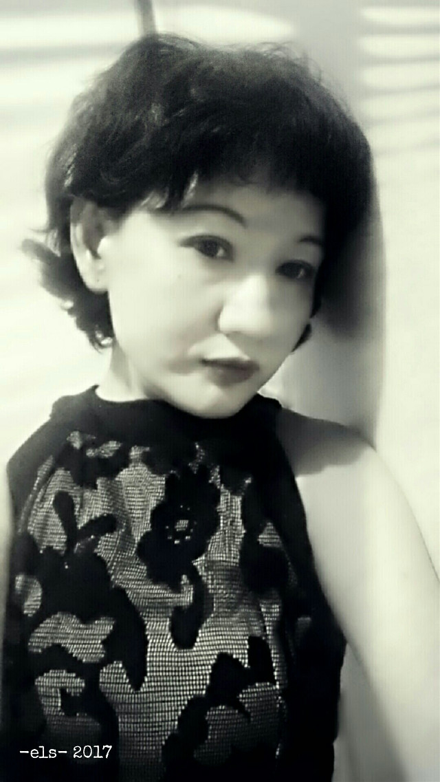 Noir . . . #blackandwhite  #selfportrait  #madewithpicsart #emotions