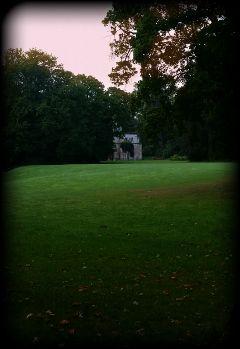 ruin longwaytoruin field cemetery