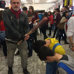 comicon napoli negan lucille cosplay