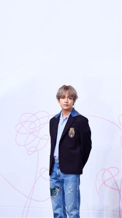 taehyung v bts wallpaper lockscreen