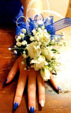 freetoedit hand flowers
