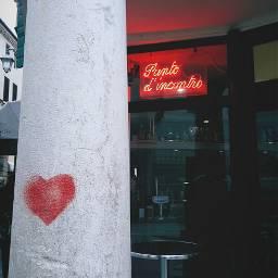 neonsigns travel italy heart streetphotography streetart