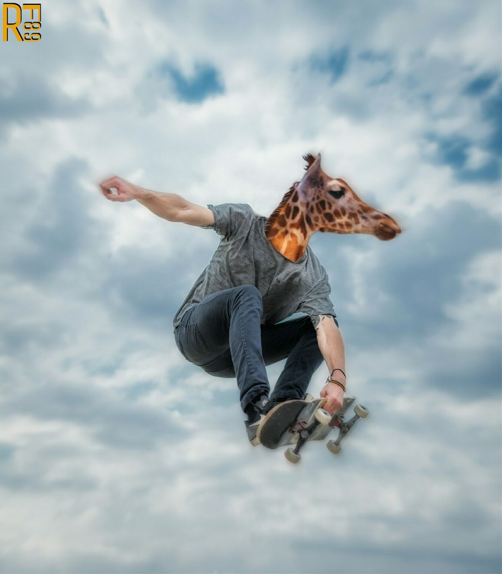 SKATEBOARD GIRAFFE  Simply and fun edit ✌  #editstepbystep #manipulation #surreal #madewithpicsart #rf89 #skateboardingremix
