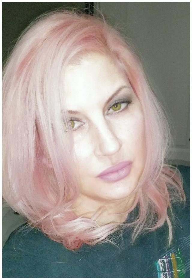 #rosegoldhair #haircolor #pink #hairstyles #selfie