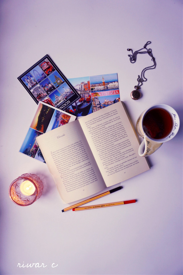 #travel #postcards #book #clock #candel #tea #cup #pencils #necklace #flatlay #twilight #pccandles #candles