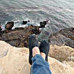 inspirationpoint ranchopalosverdes beachphotography myfeets cliffsedge