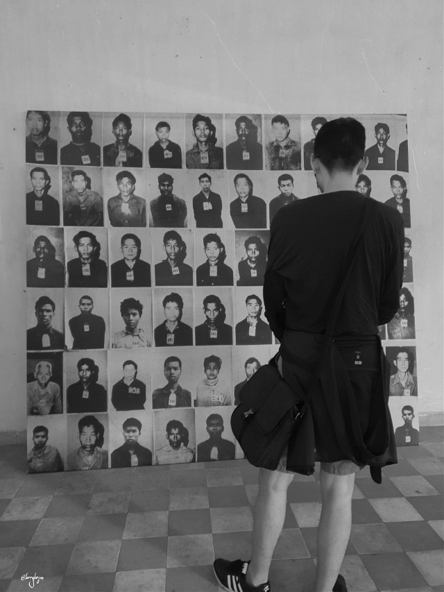 I pray for all who have lost their lives in this massacre! #blackandwhite #war #cambodia #travel #pray #s-21 #history