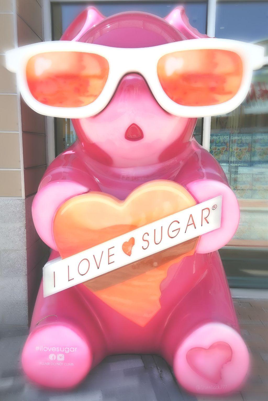 🐻 I LOVE SUGAR ❤️ #myphotography #bear #gummybear #candystore #cute
