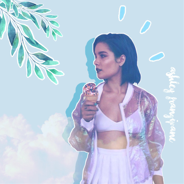 #interesting #art #blue #bluehair #bluehairgirl #halseyedit #halsey #ashleyfrangipane #clouds #whiteclothes #music #badlands #hopelessfountainkingdom #americangirl #america #musica