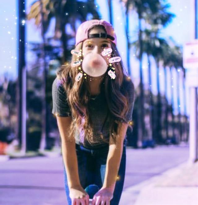 OMG I REALLY LIKE THIS ONE! 😂💗💗🎀🐻 #mackenzieziegler #bubblegum #newbrushes #newbrusheschallenge! 🐻🎀💪🏻