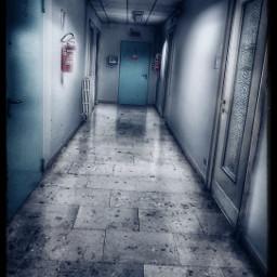 horror atmosphere darkness