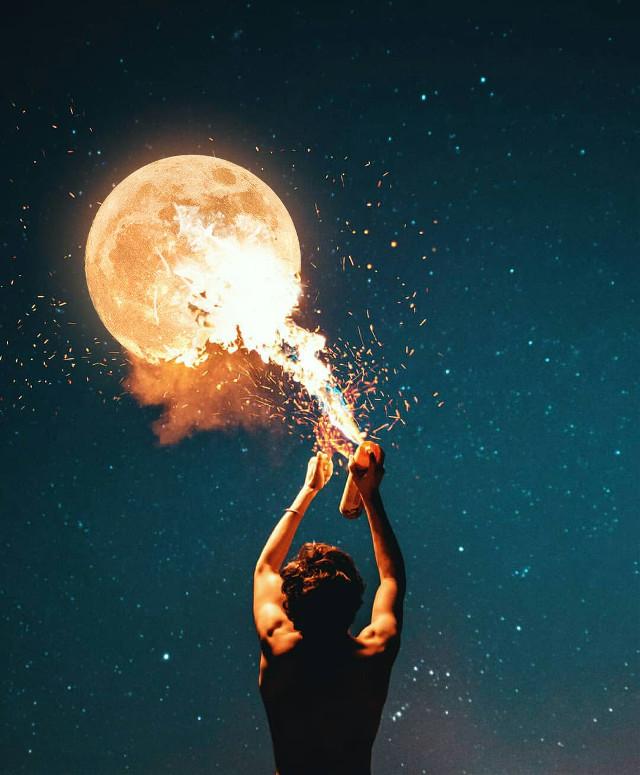Fire moon 🔥 🌕  . . Instagram @xmuratakyol 🔙  #freetoedit #picsart #picsartedit #pcbeautifulbirthmarks #fanartofkai #humananimalhybrid #france #nctdream #night