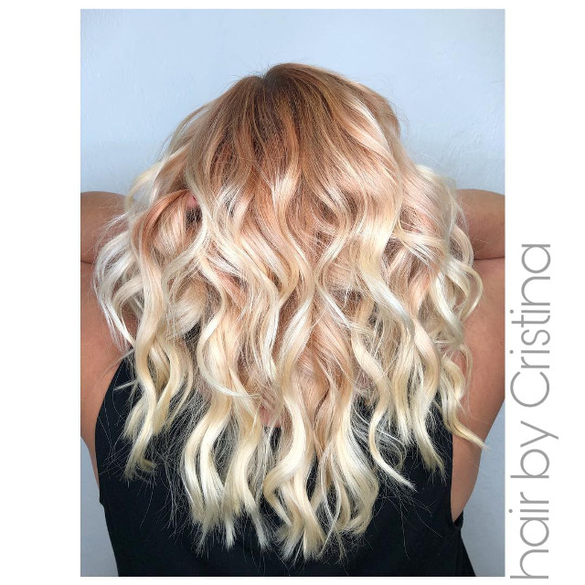 This jaw dropping,  beautiful #rosegoldmagic came in to support our #blowdrysforacause blow dry event. We previously posted a pic of this vivid fiery client 🔥a while back.  All vivids fade over time and we are in ♡ with this one! As always! Beautiful job Cristina!  #naplessalon #inthe239 #naplesstylist #loveyourhair #vividcolors #behindthechair #davinescolor #colorspecialist