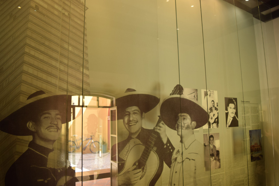 Travel México #museo #museum #museojosealfredojimenez #Guanajuato_Dolores_Hidalgo.  #pcinsideabuilding #insideabuilding #pcviewfrommywindow #viewfrommywindow