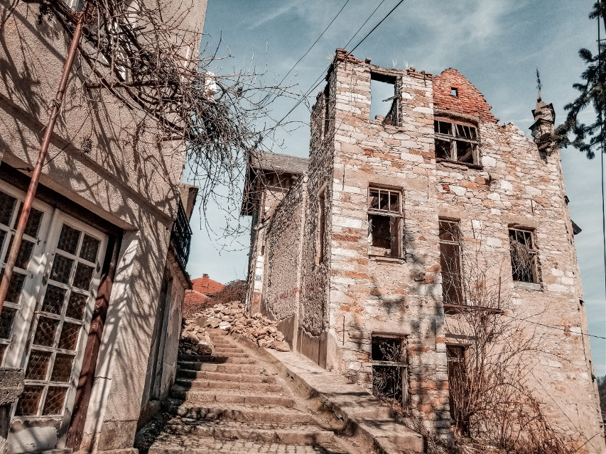 𝐃𝐑𝐀𝐖𝐈𝐍𝐆, 𝐄𝐃𝐈𝐓𝐈𝐍𝐆 𝐏𝐇𝐎𝐓𝐎𝐒 & 𝐋𝐎𝐆𝐎 𝐃𝐄𝐒𝐈𝐆𝐍 #freetoedit #sky #architecture #ruins #town #building #wall #house #tree #history #facade #medievalarchitecture #neighbourhood #street #city #ancienthistory #landscape #village #window #world #road #tourism