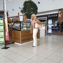 brussels shoppingcenter shoppingtime picdart cora
