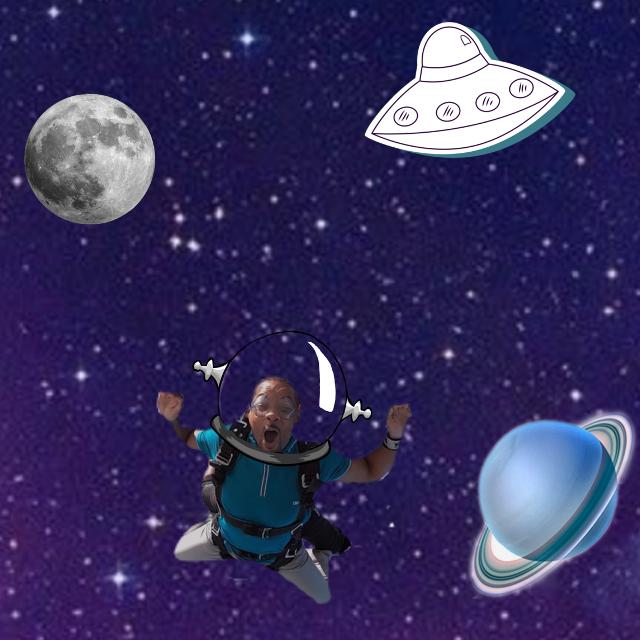 #freetoedit #willsmithsbucketlist  he went flying in space with aliens!!