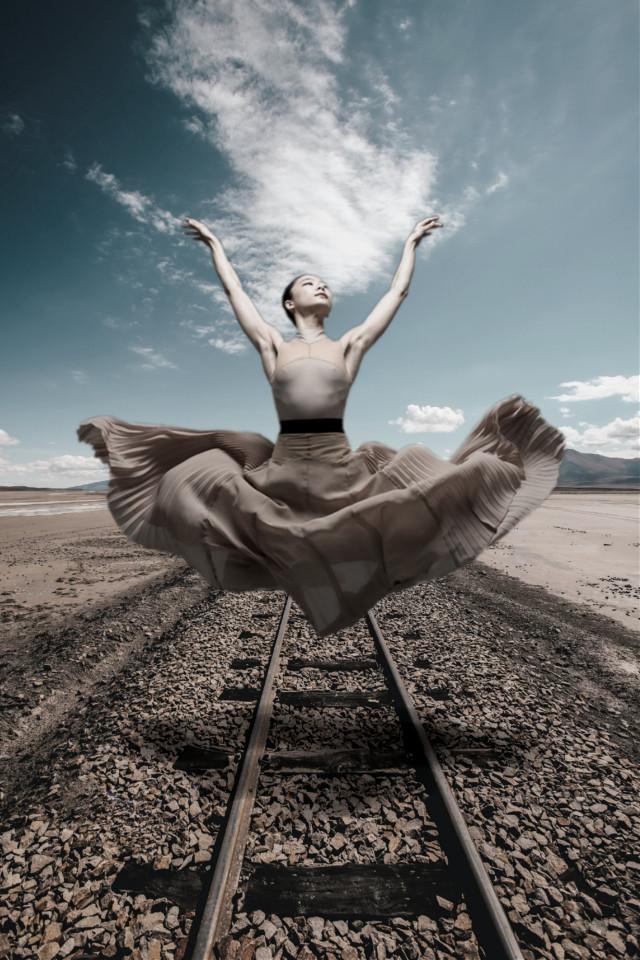#freetoedit #surreal #surrealism #levitation #madewithpicsart #drawtool