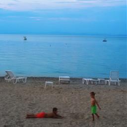 holiday childrens sea