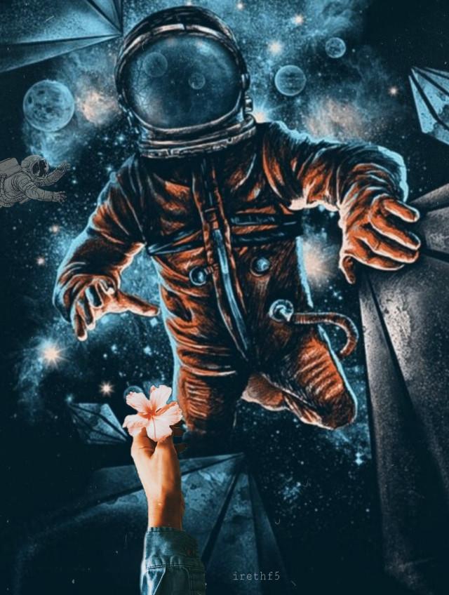 #freetoedit #astronaut #flower #surreal #art #espace  #artistic #galaxy @irethf5  #ircgiveitaway #espacio #heart #planet #planets