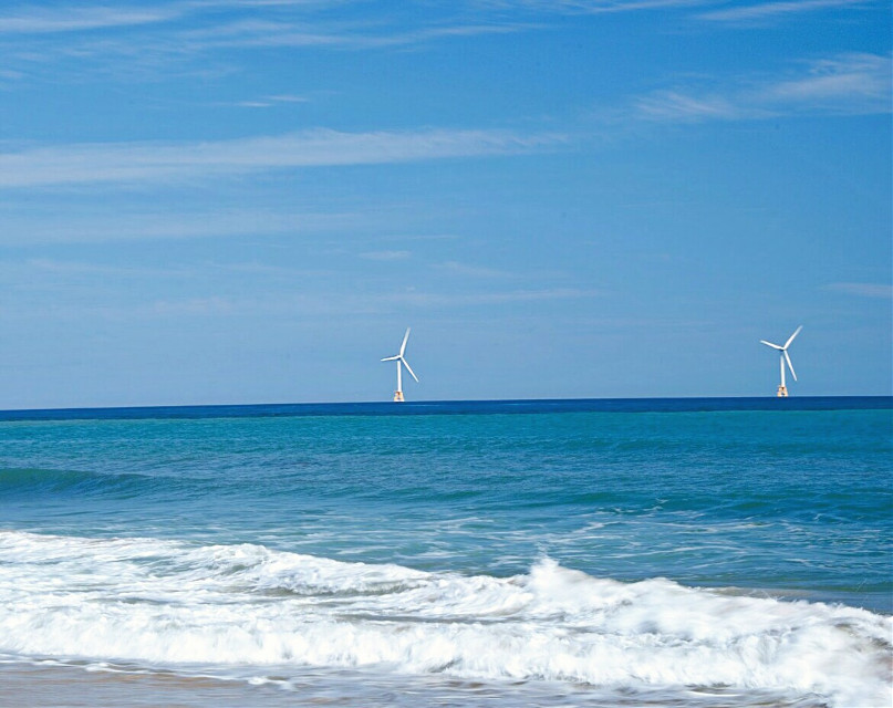 freetoedit #outdoorphotography #atlanticocean #offshore #interestingplaces  1st wind farm,  produced  green energy  😀
