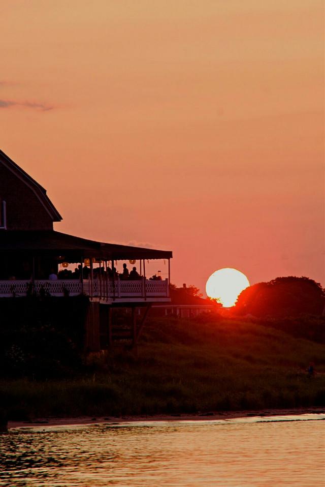#freetoedit #outdoorphotography #atlanticocean #sunsetlovers #silhouettes (no filter) Goodnight 🌌