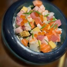 freetoedit tobiko salmon tuna seaweed