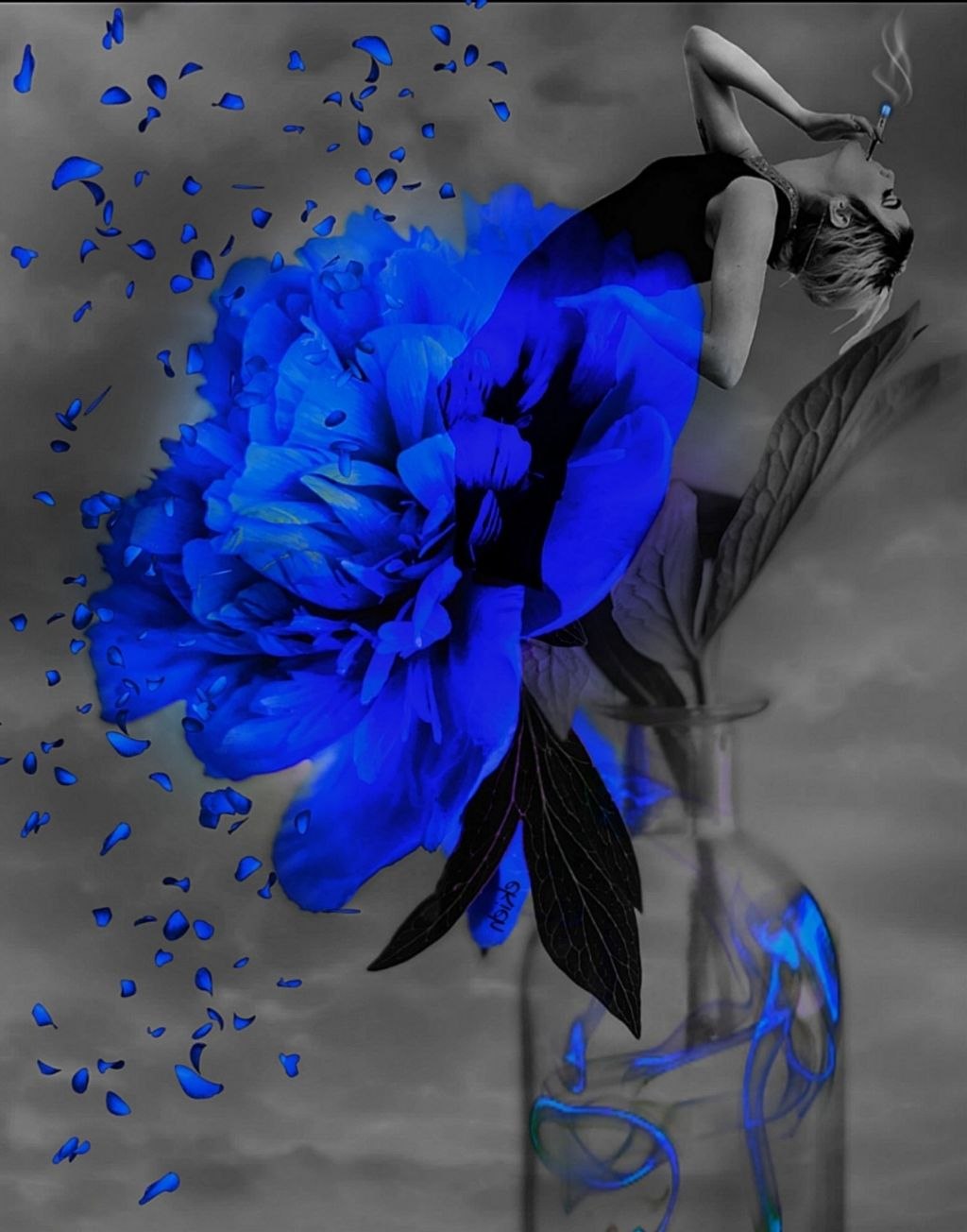#freetoedit #blue#surreal #MyEdit#colorsplasheffect #blue#fantasy #illusion #interesting #art#artwork #myedit #madewithpicsart #picsarteffects #picsartremix #woman #smoke#rose#smoke#myart