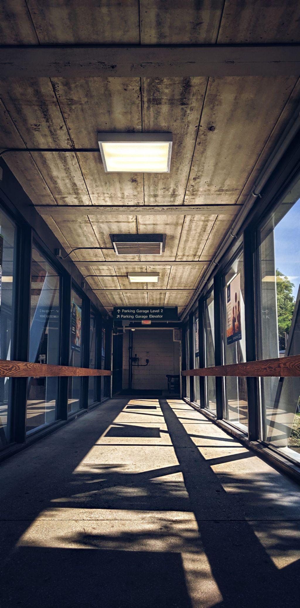 #bridge #windows #hall #lineofsight #Philadelphia