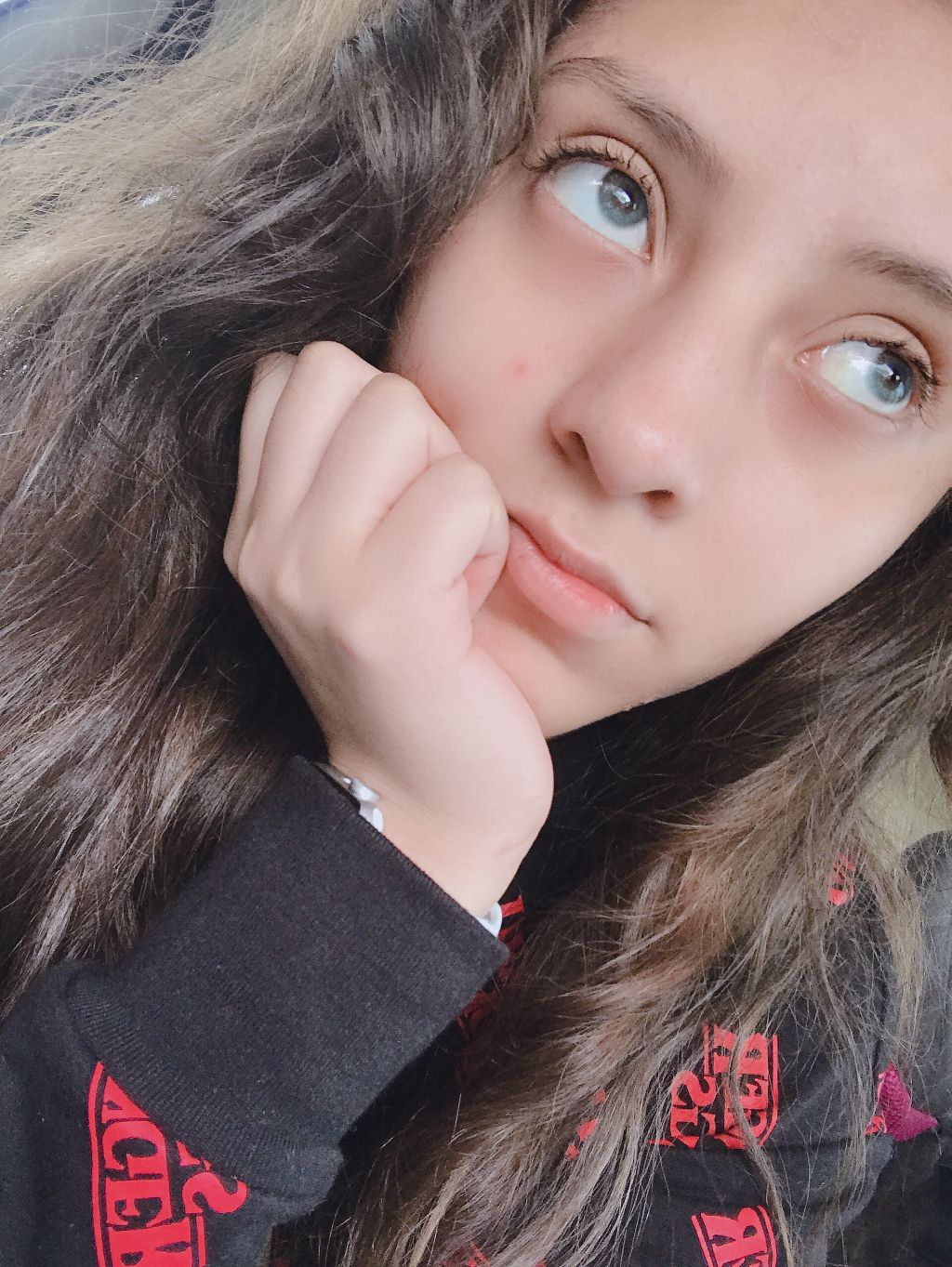 New post of my ugly face hehe enjoyyy :p  Feel free to edit  Ill be posting a new contest after my halloween series          #freetoedit