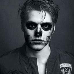 freetoedit makeuphalloween halloween spooky edit