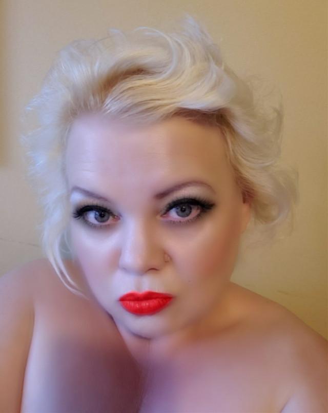 Voting.      PicsArt https://picsart.com/i/309321174071201?challenge_id=5da464364cc7047068838dac      #pcportraiture #portraiture