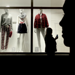 mannequins pcsomeoneinawindow someoneinawindow photography silhouettes myphoto