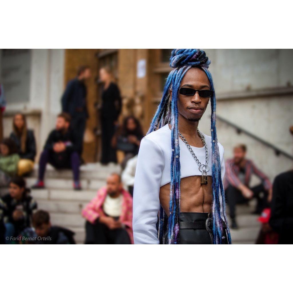 Millenial 2.0 fashionista posing at Palais de Tokyo around Rick Owens show ,during #parisfashionweek #streetsnap #pfw #fashion #models #transgender #interesting  #instagood #parislove #streetphotography #inthemoment #allrightsreserved ©️@fboparis