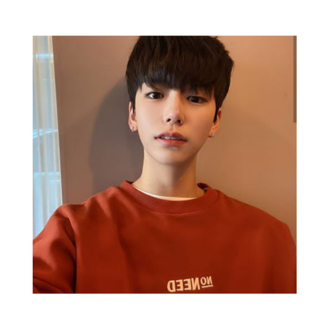 [ Seokhyun's Bio ] Name: Boo Seok Hyun Nickname: Seok Age: 18 Sexuality: Gay Status: Taken by Ethan (@cherrybooomb-)   More info 🌻: ~They bother you daily ~He likes parties ~He gets drunk easily ~Cute baby 24/7 ~BabyBoy ~Likes to dance ~It's a little crazy ~Tiny tiny   hELLOOO           ~Seokhyun 🌻