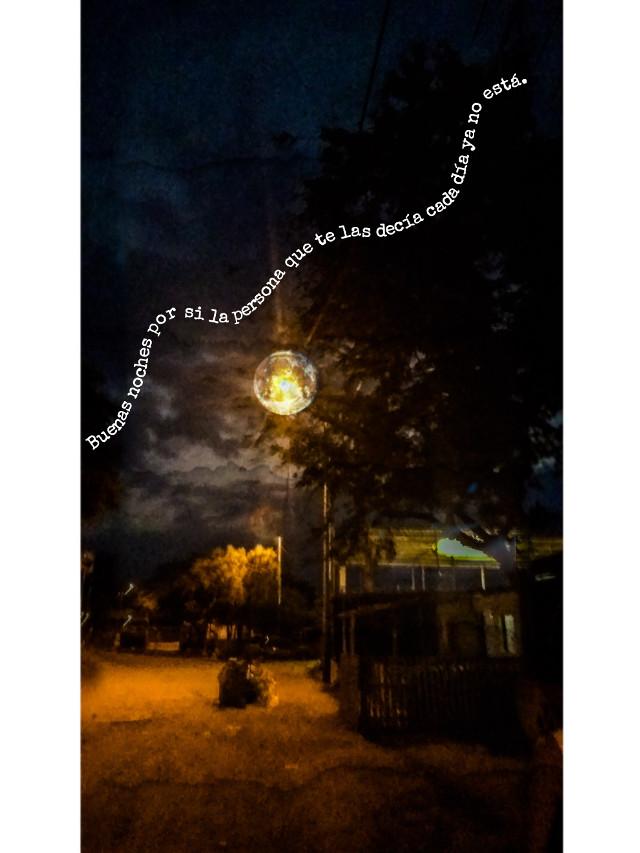 #freetoedit #picsartphoto #photoshop #adobephotoshop #moonsticker #tumblr❤ #frase #sadie